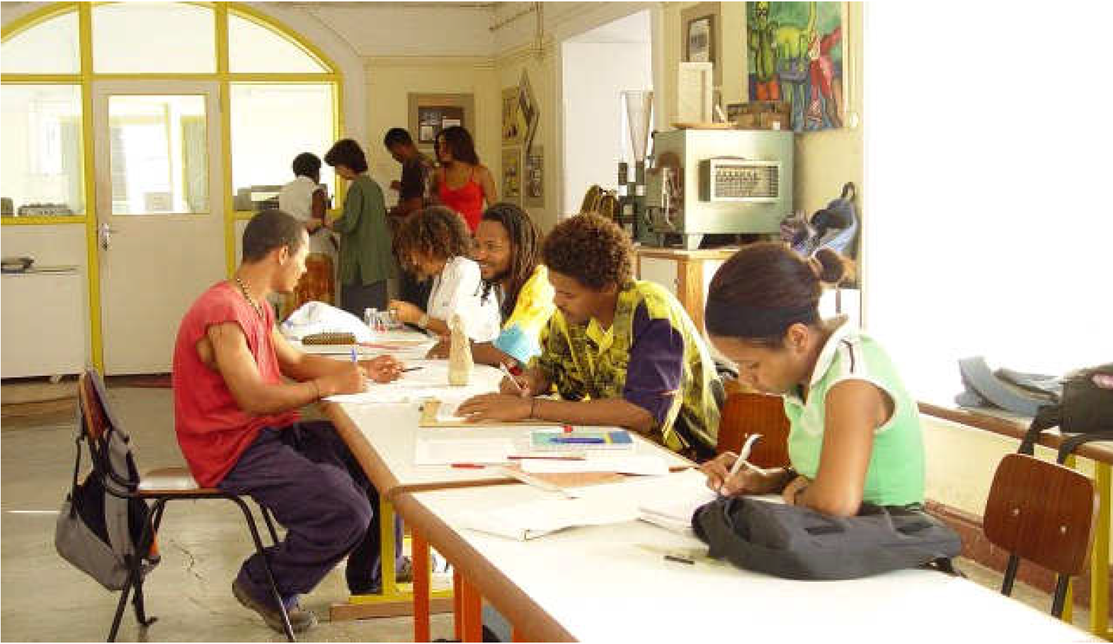 Socio-community development in São Vicente, Atelier Mar